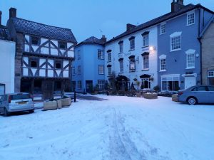 STRAWBERRY LINE TIMES – NEWS (VIDEO) when snow fell on the first day of spring and turned Axbridge white (and perishingly cold)