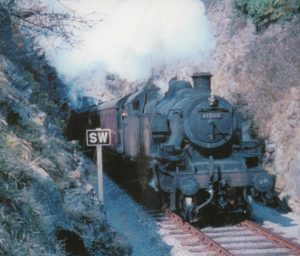 STRAWBERRY LINE TIMES – FEATURE: memories of the Big Freeze in the winter of 1962/63 and when steam trains connected Wells and Banwell (and when naughty school boys could lark about in the compartment carriages)